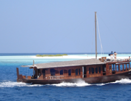Maldives-Bateau